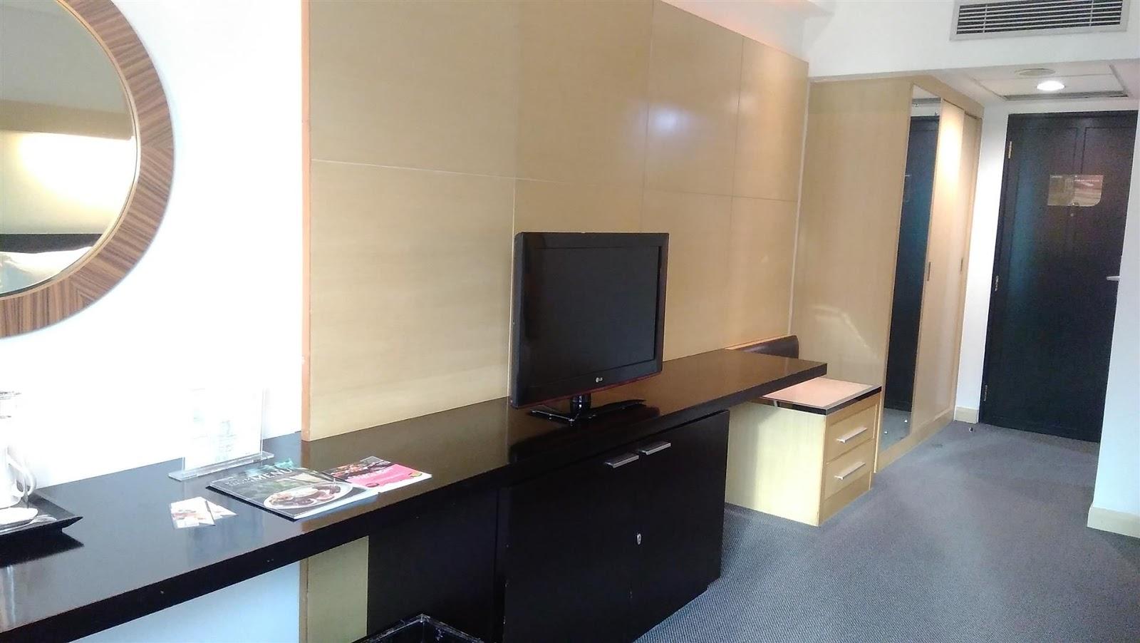 Fasilitas LCD TV