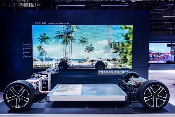 BYD EA1: carro elétrico promete mais de 1000 km de autonomia - Shanghai