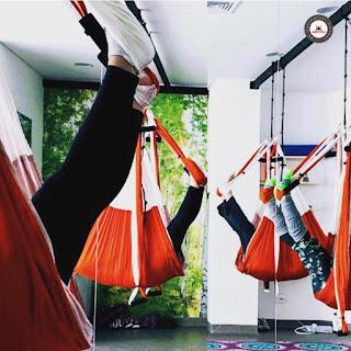 yoga aereo colombia