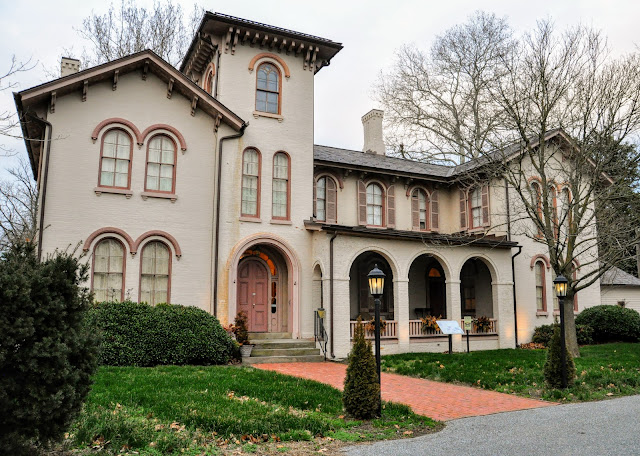 Governor Ross Mansion Brings You Back in History