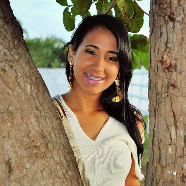 50f38604d0550 BELEZA MONTEALEGRENSE  Lara Galvão