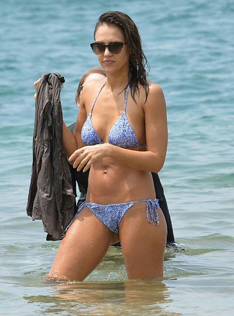 3278712700000578 0 image a 47 1458696250777 1 - Jessica Alba Hot Bikini Images-60 Most Sexiest HD Photos of Fantastic Four fame Seduces Us Atmost