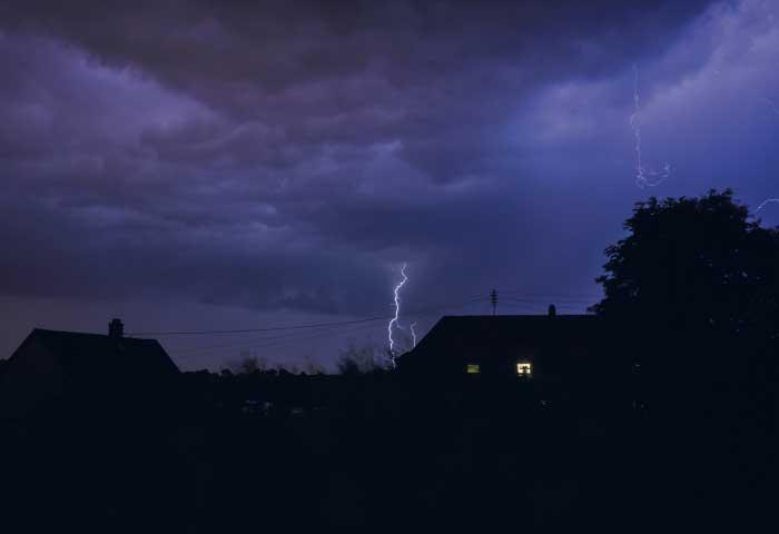 Instalaciones eléctricas residenciales - Descargas atmosféricas