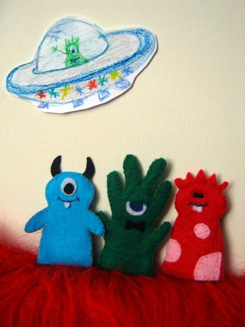 Creative Animalia Daily: Alien Finger puppets - Day 64-66
