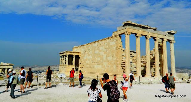 Templo das Cariátides, na Acrópole de Atenas