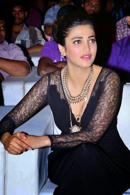 Shruti Haasan Exposing Stills