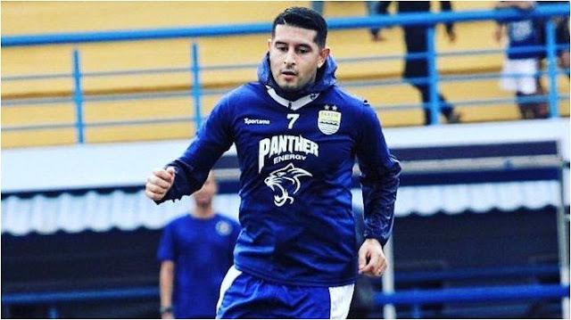 Esteban Vizcarra akan ikut latihan bersama Persib pekan depan