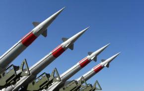 Aumenta a tensão: míssil norte-coreano cai a 200 km do litoral japonês