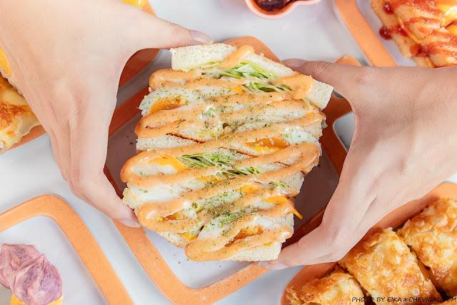 MG 7343 - 熱血採訪│台中人氣炭烤吐司,多達18種口味任你挑!還有18款酥皮蛋餅,連日式炸蝦都被包進來啦!