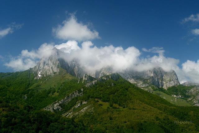 Pico Tiatordos - Parque Natural de Ponga - Asturias