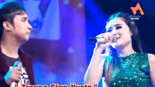Lirik Lagu Tresno Sing Nyoto - Nella Kharisma