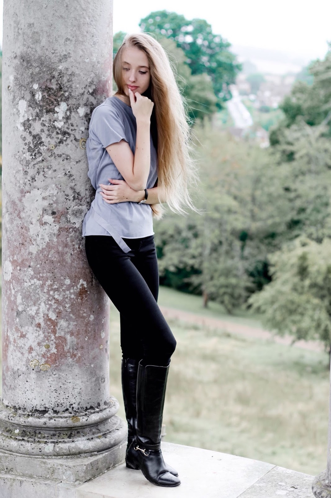 Casual Riding Boots Jeans and Tee Styling for Autumn