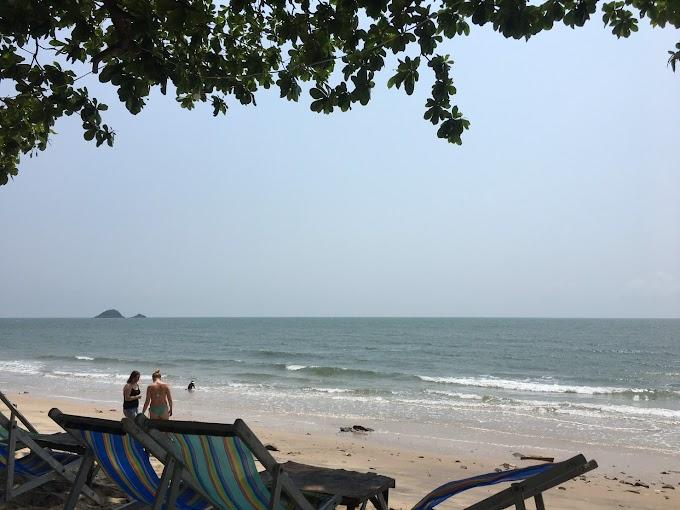 หาดทรายน้อย เขาเต่า ที่เที่ยวใกล้บ้านพักหัวหิน Sivana Gardens Pool Villa