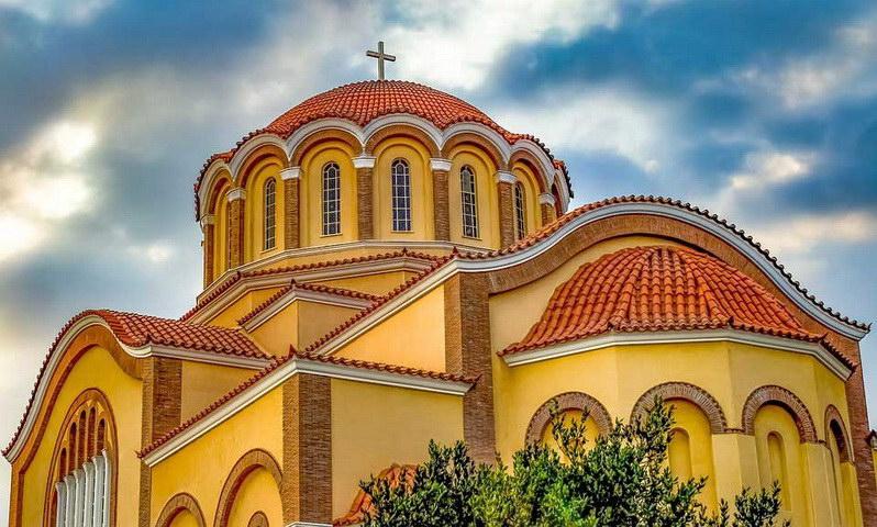 Εκκλησία διαλεγομένη - Εκκλησία εγκλωβισμένη