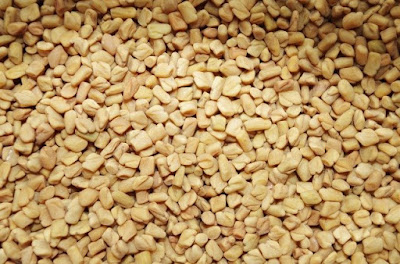 eating fenugreek seeds for acne scars