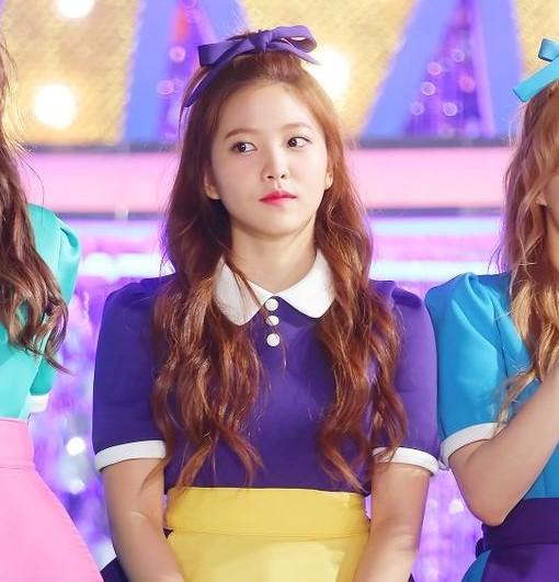 Red Velvet cute Yeri Hairstyles