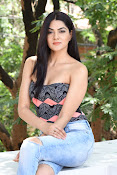 sakshi chowdary at selfie raja event-thumbnail-6