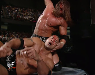 WWE / WWF - Armageddon 2000 - The Rock silences Kevin Kelly