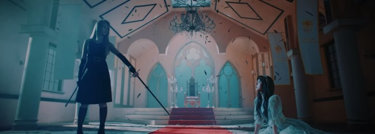 게임 세계관 안에 아이돌 세계관을 넣은 뮤직비디오   인스티즈