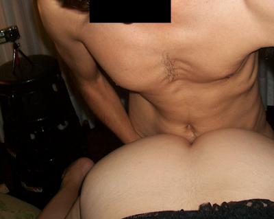 Cuckold Chile: un amigo le penetra el culo a mi mujer