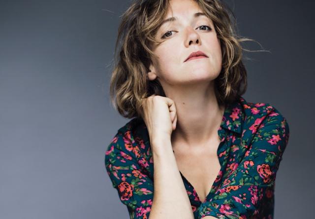 Clio, la muse de la chanson française avec l'album Déja Venise