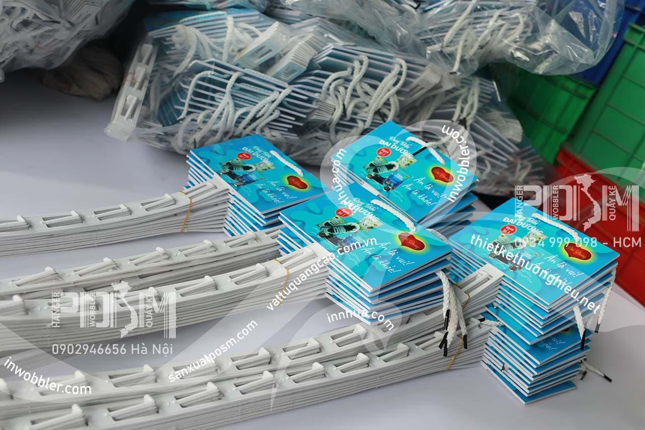 hanger dây nhựa treo
