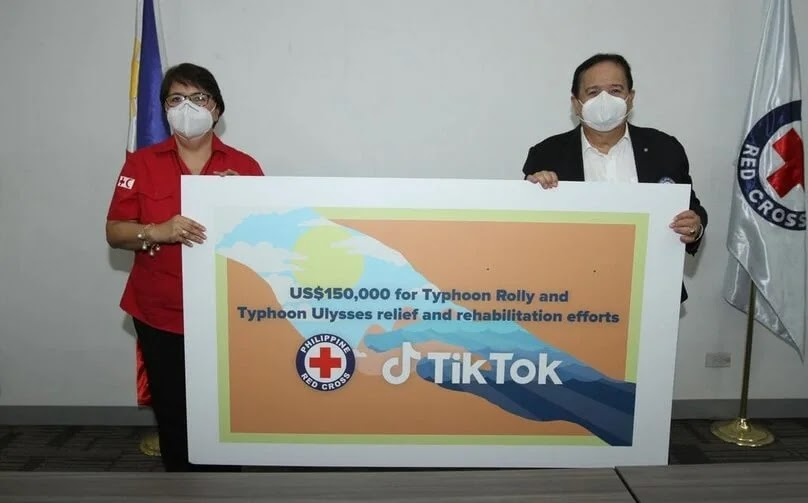 TikTok has officially turned over its US$150,000 donation to the Philippine National Red Cross