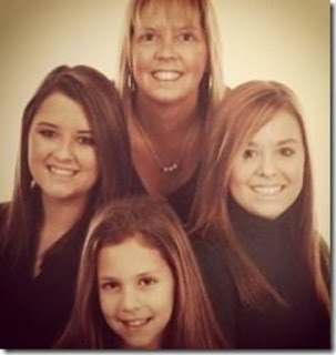 Laurie Smith C Michael Waltrip S Ex Girlfriend With Her Daughters