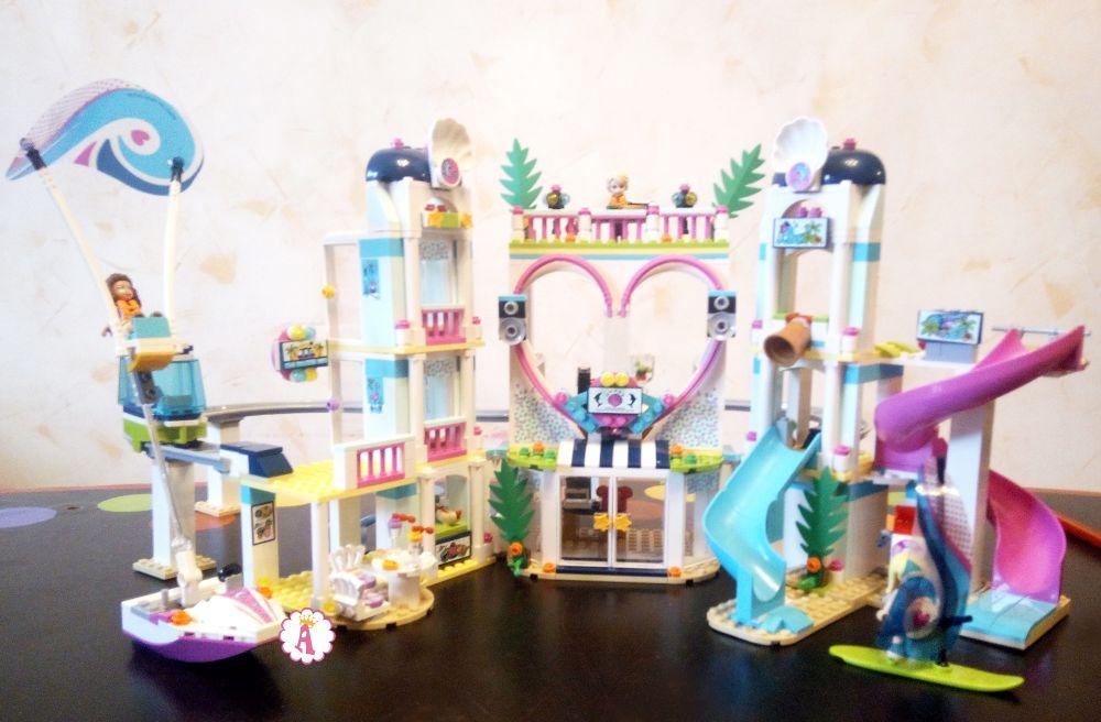 Лучший конструктор девочкам LEGO Friends Heartlake City Resort