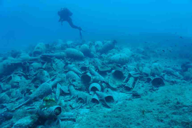 Συνελήφθησαν 6 άτομα για υποβρύχια αρχαιοκαπηλία στη Μάνη