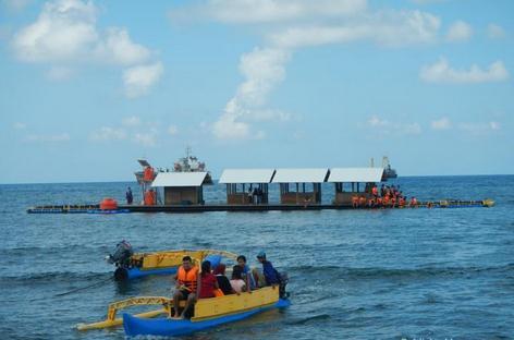 Tempat wisata rumah apung / basring under water di banyuwangi