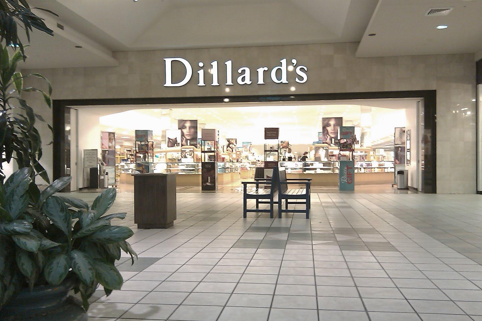 Deerbrook Mall Shoe Stores