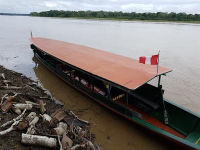Barco por el río Madre de Dios hasta Eco Amazonia