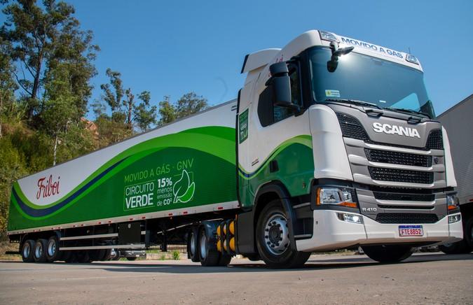 TransMaroni adquire 11 caminhões Scania movidos a gás