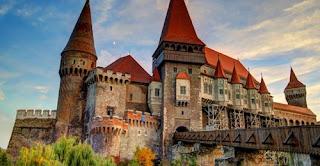 10 Rumah Terbesar di Dunia