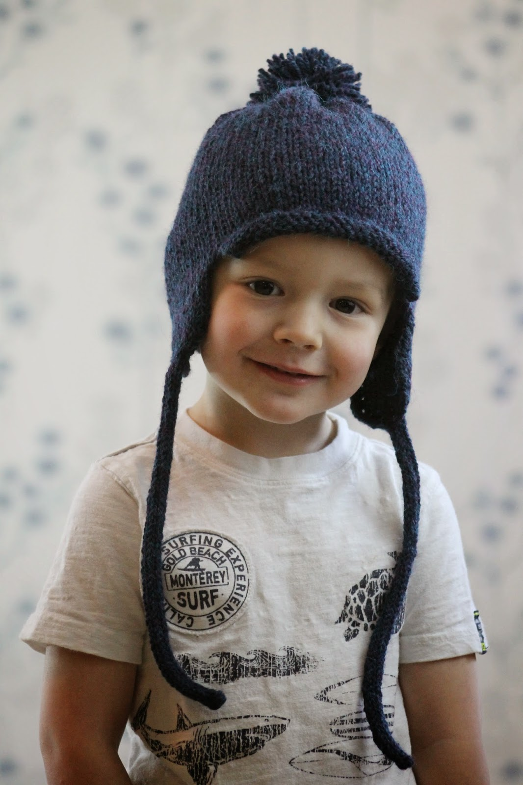 Knitting Patterns For Childrens Earflap Hats : Balls to the Walls Knits: All in the Family Earflap Hat