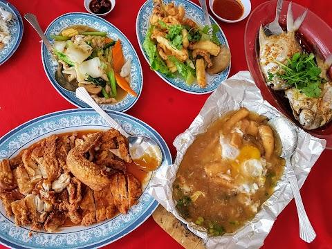 【霹雳美食】 霹雳班台Restoran Ling Song Kee @ Pantai Remis, Perak