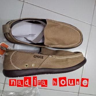 Sepatu Crocs Walu Men Canvas (termasuk best seller loh...) Warna  abu-abu bf75d5850e