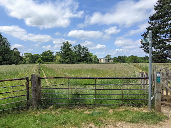 Go through the gate and turn left on Ayot St Lawrence footpath 6