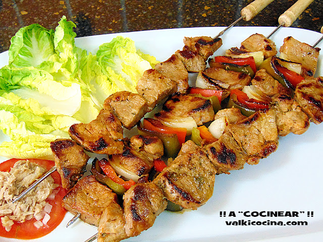 Brocheta de solomillo adobado