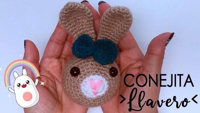 1009.  PASO A PASO GRATIS  de Llavero de Conejo a Crochet