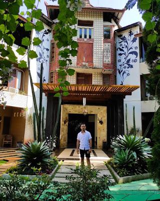 the village resort cafe resto pancawati bogor