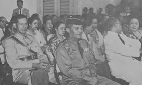 Sebelum Subuh Berdarah, Jenderal Nasution Foto Bareng dengan Aidit