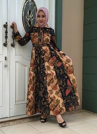 Tips Memilih Gamis Batik Sesuai Usia Dan Bentuk Tubuh Gemuk