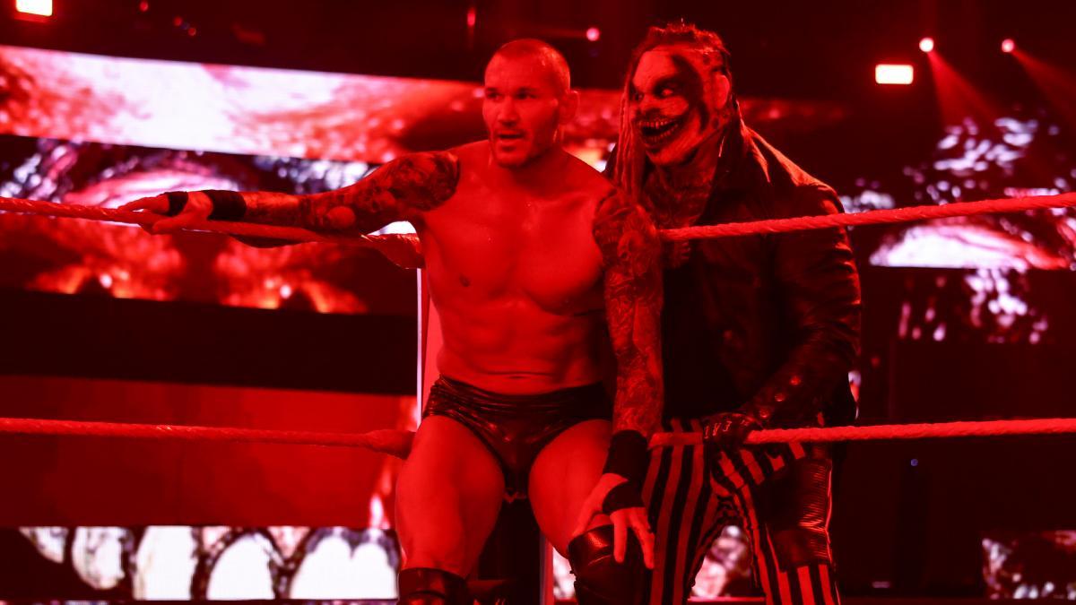 WWE com grandes planos para a Firefly Inferno Match do TLC