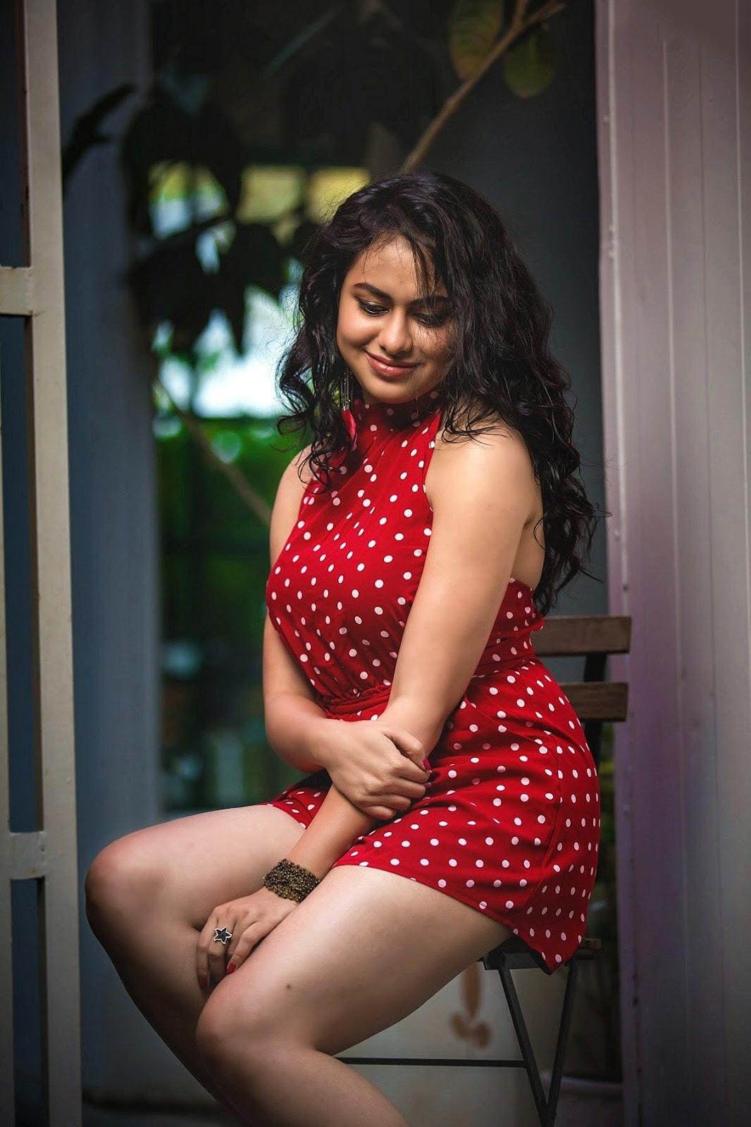 Pallavi Dora Jaw Dropping Hot Photoshoot