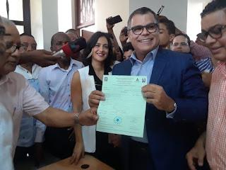 Senador Tommy Galán, alcalde Nelson Guillén y diputados Josefina,Alexis ,Eddy, Calletano  inscribieron precandidatura