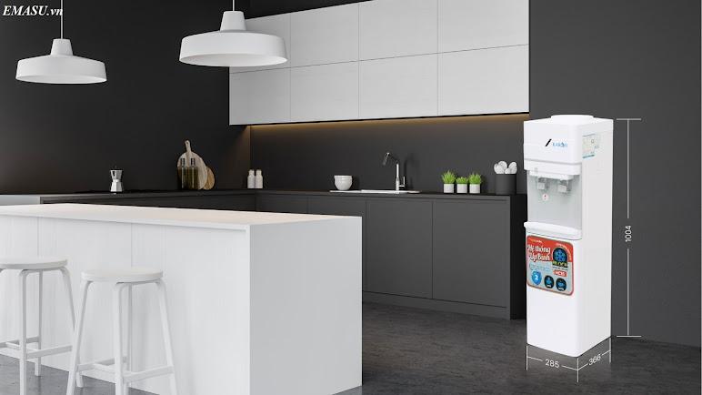 Cây nước nóng lạnh Karofi úp bình HC15 làm lạnh bằng Block, với thiết kế đẹp mắt, tiện lợi