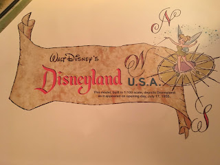 Disneyland USA Sign