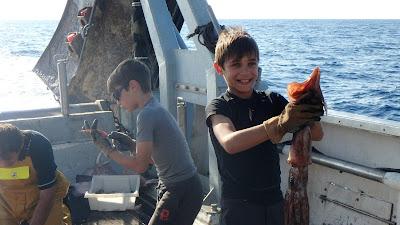 Pescaturismomallorca Francesco, con uno de sus trofeos